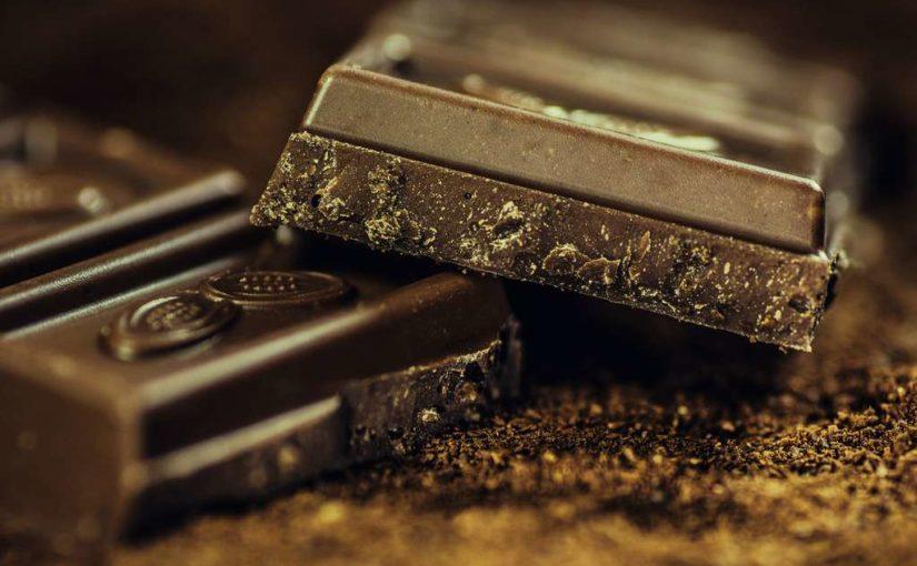 Dunkle Schokolade ist gesund und liefert Energie für Sportler